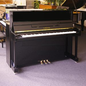 Yamaha B3 PE Image